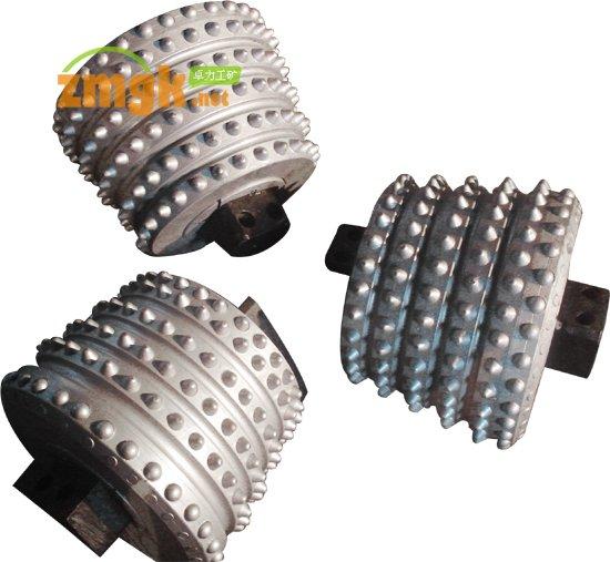 滚刀,硬岩滚刀,齿轮滚刀,蜗轮滚刀,轮轴滚刀,滚刀钻头,新型镐形镶齿滚刀