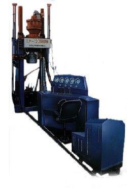 LM-300型反井钻机(ZFY1.4/70/300)